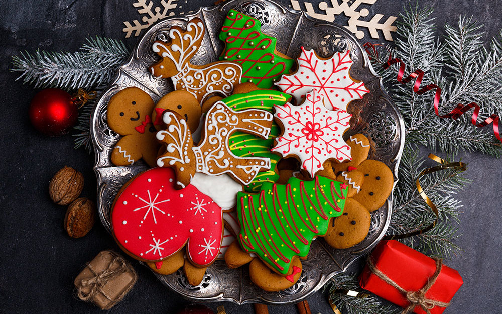 Love cookies? Host a holiday cookie exchange party!