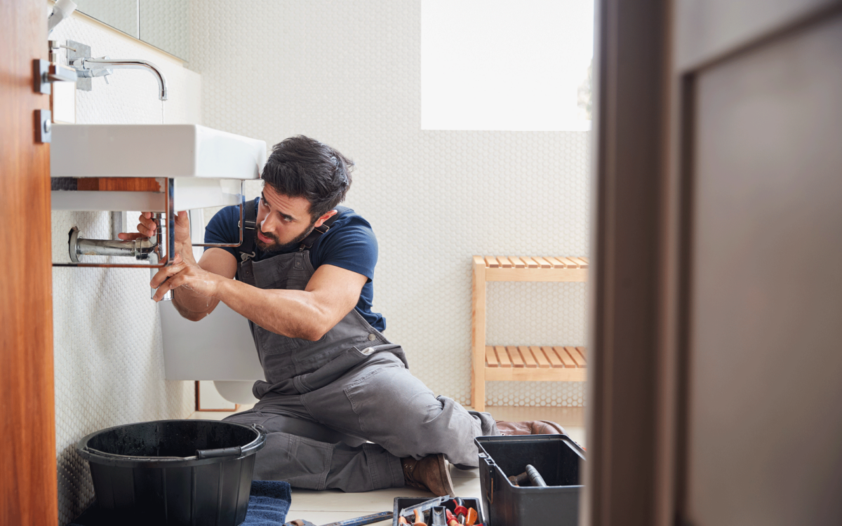 Home Maintenance Checklist: 10 Easy Things to Do Monthly