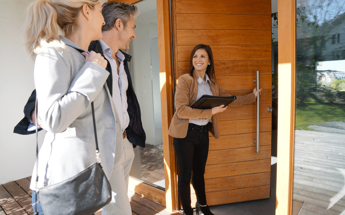 10 Reasons Why You May Need a Real Estate Agent